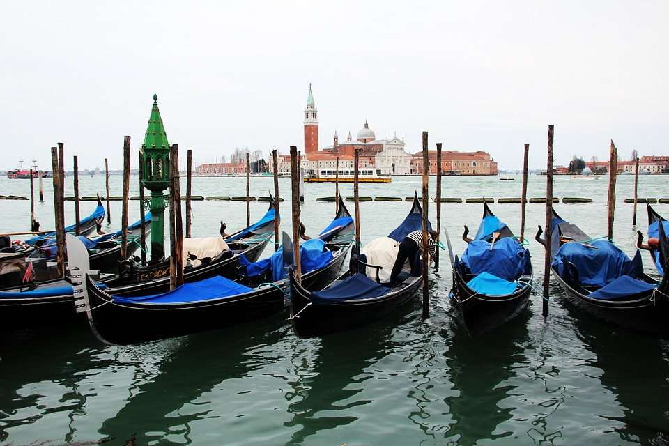 venice, gondolas, parking